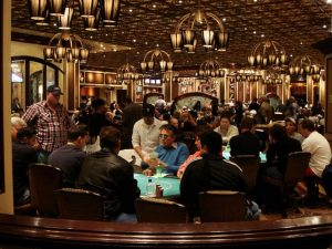 Nevada Poker Revenues for Land and Online Took Small Dip in 2015