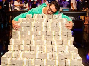 Not a big winner like Esfandiari, but our author had lots of fun at WSOP 2014 nonetheless.