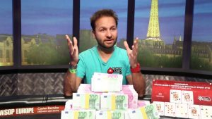 Daniel Negreanu tweets support for Democratic Party.