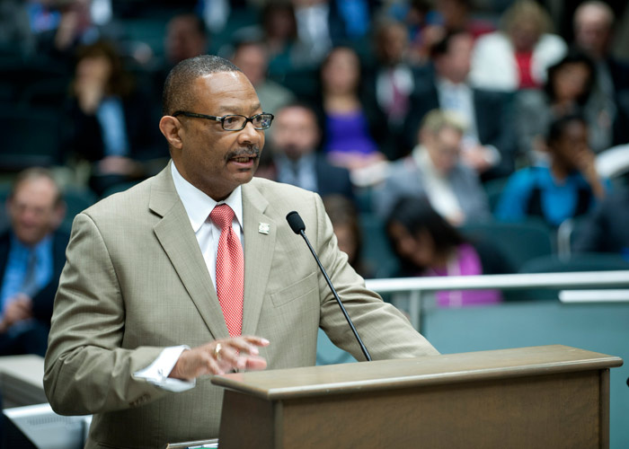 Assemblyman Reginald Jones-Sawyer AB 1677 California online poker