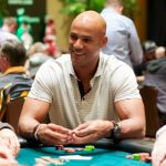 Former NFL star Jason Taylor, seen here at the 2016 Seminole Hard Rock Poker Open, will host a charity poker tournament on March 29 in South Florida. (Image: seminolehardrockpoker.com)
