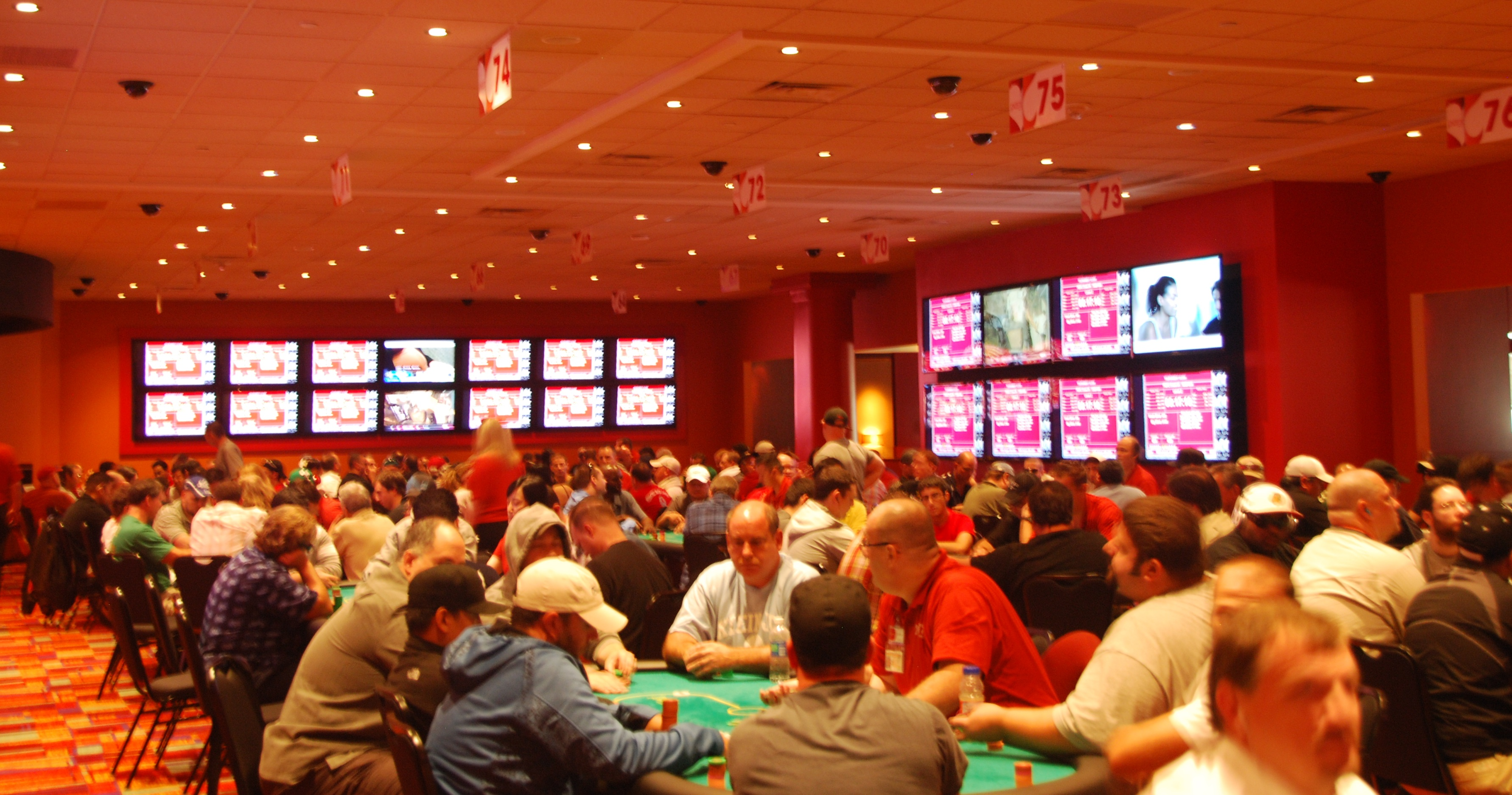 Pennsylvania Poker Rooms Scoop $4.9 Million in Revenue During February