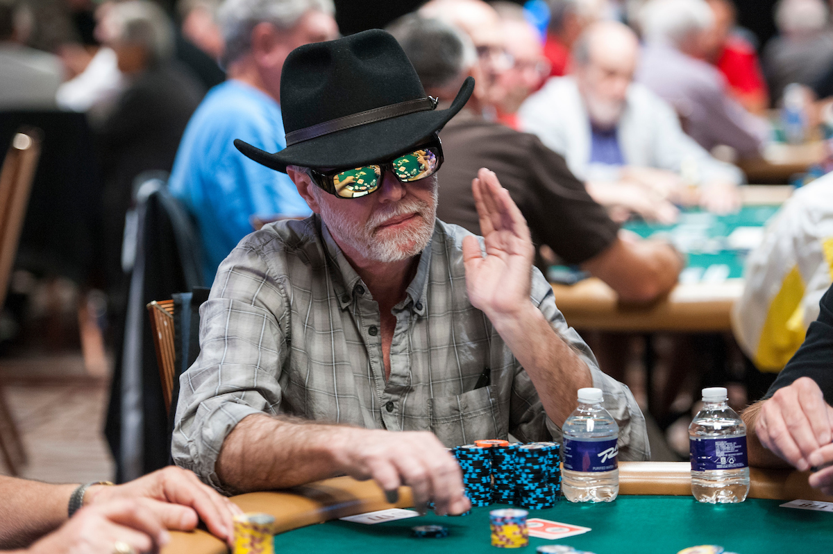 WSOP: Rare Title Defense in Super Seniors, Quickie Bracelet Score in Super Turbo, Jaka and Madsen Leading, Limited Negreanu