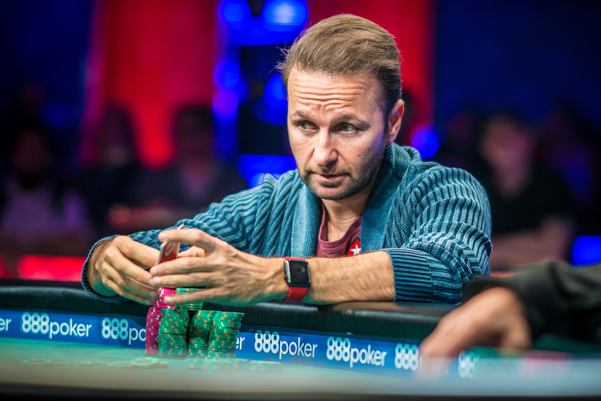 Daniel Negreanu, icon of poker fashion