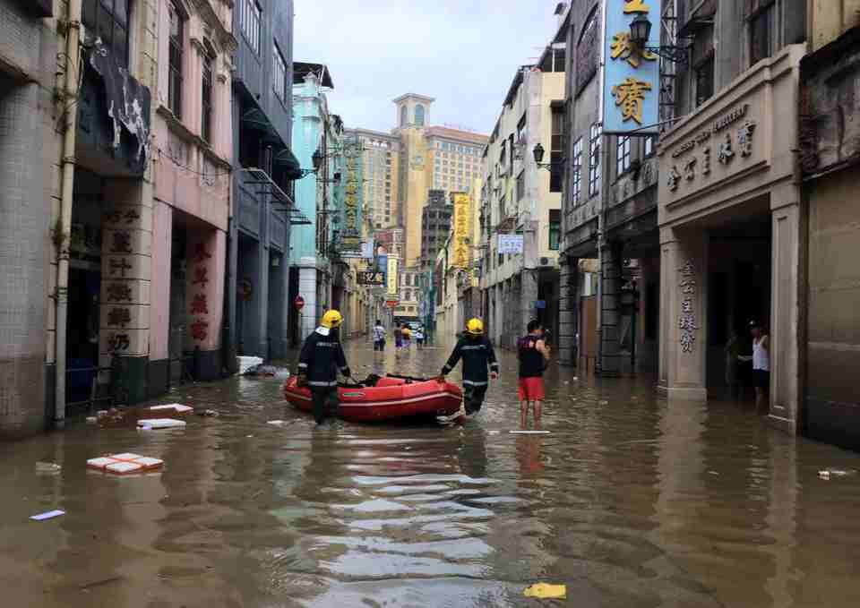 Macau casinos Typhoon Hato