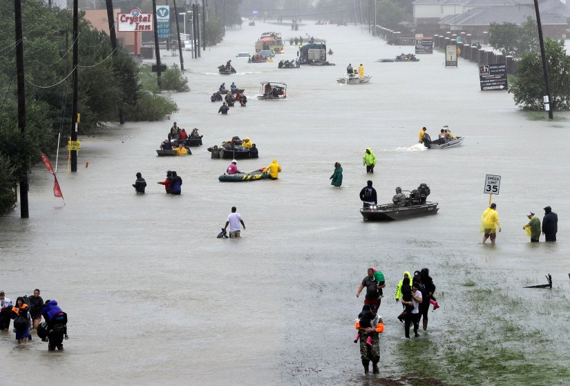 Poker pros Hurricane Harvey