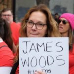 Actress Elizabeth Perkins named and shamed James Woods at a #MeToo rally in California, provoking an uproar in poker circles. (Image: Sarah Morris/Getty)