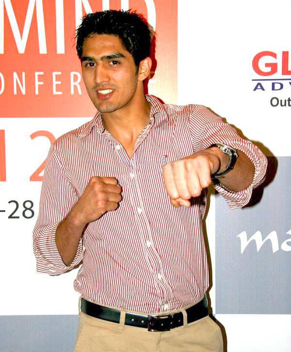 Pro Boxer Vijender Singh to Fight for Poker in India as Part of PokerBaazi Deal