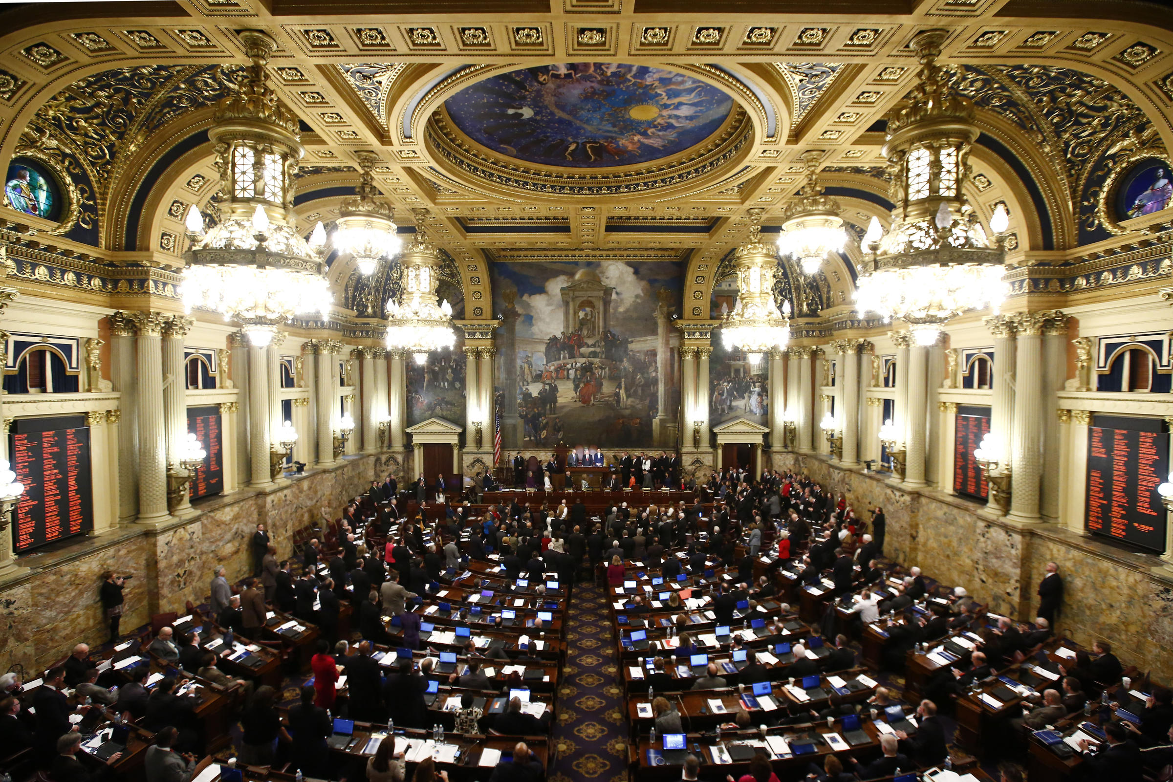Pennsylvania to Begin Processing Online Poker License Applications in April