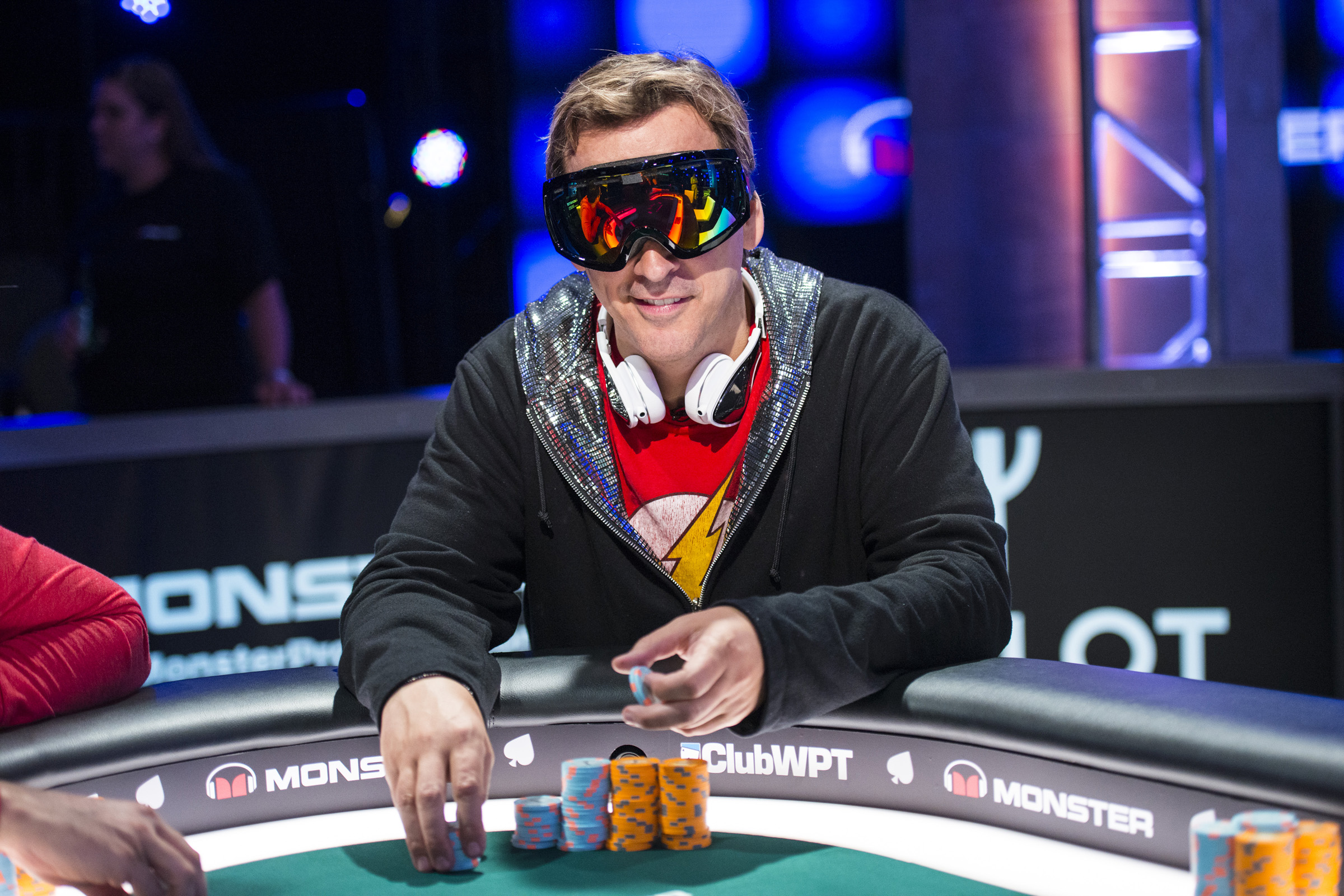 Face Masks a Bad Look for Poker Say Savage Facebook Followers