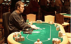 How much do poker dealers get paid?